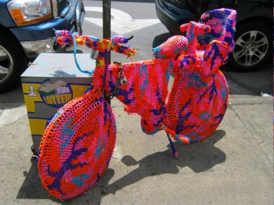 Knitted covers for your bike, bus or car. (1/3)
